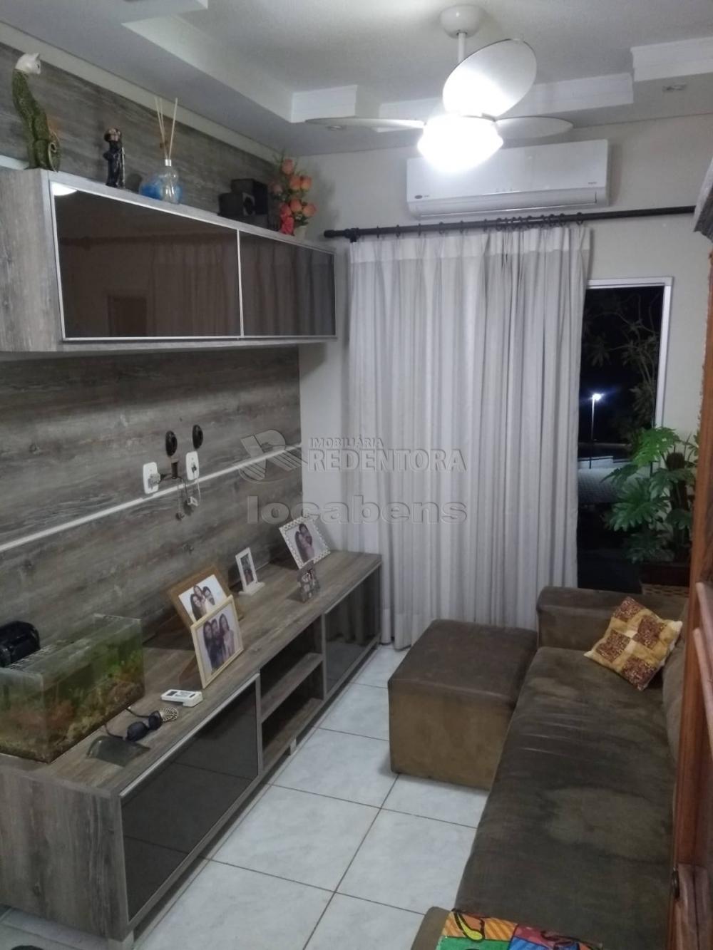 Comprar Apartamento / Padrão em São José do Rio Preto R$ 215.000,00 - Foto 1