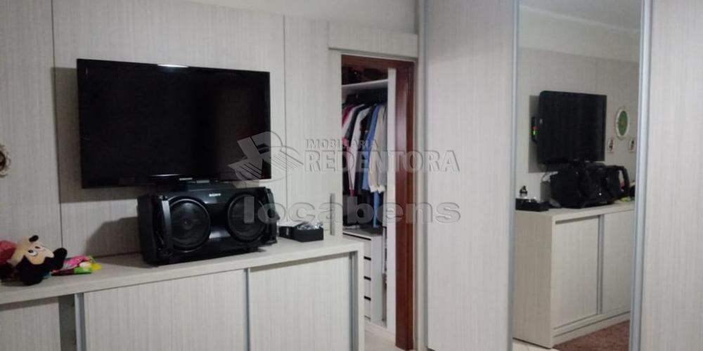 Comprar Apartamento / Padrão em São José do Rio Preto R$ 400.000,00 - Foto 4