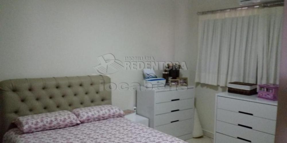 Comprar Apartamento / Padrão em São José do Rio Preto R$ 400.000,00 - Foto 7
