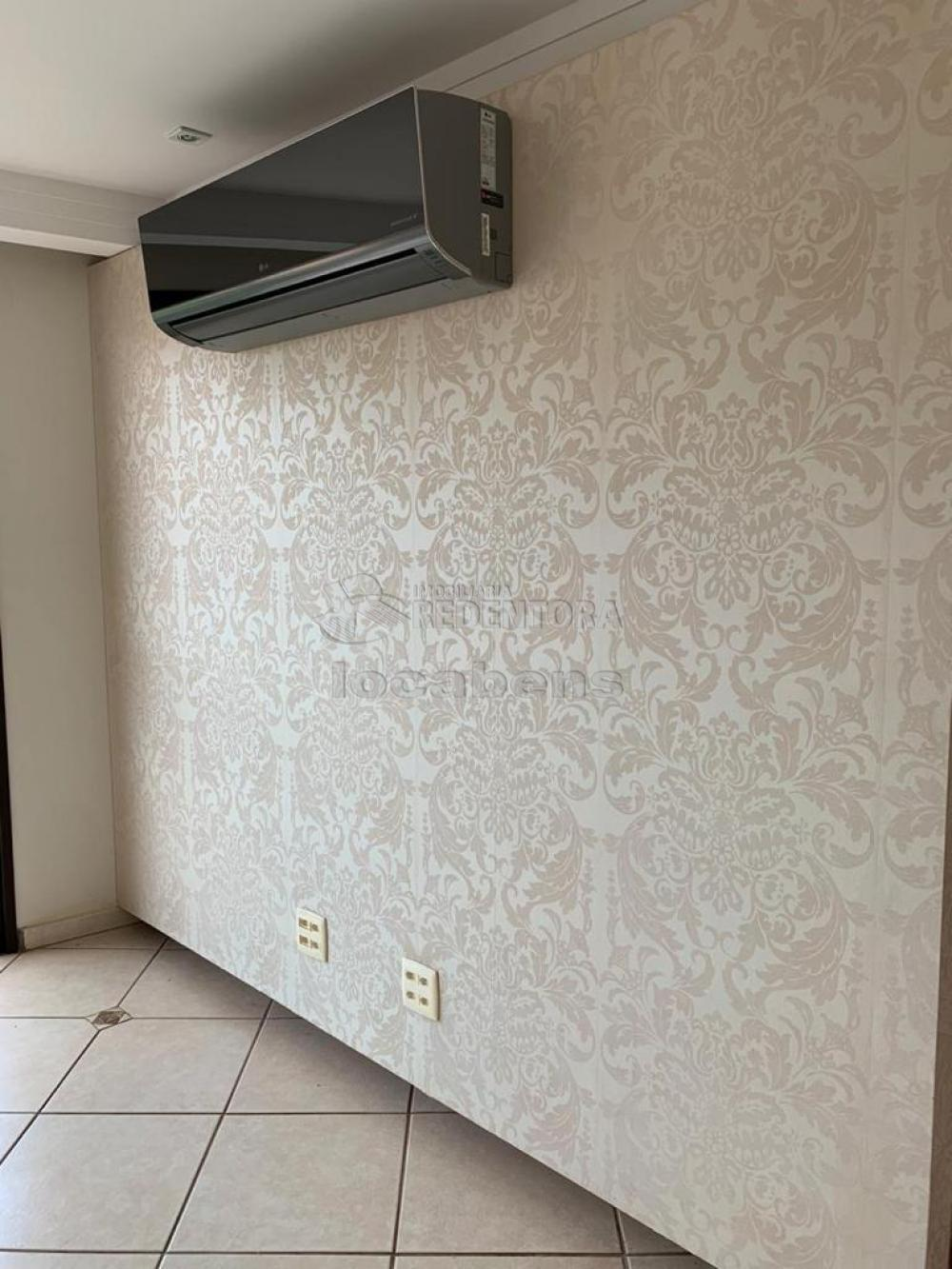 Comprar Apartamento / Padrão em São José do Rio Preto R$ 400.000,00 - Foto 16