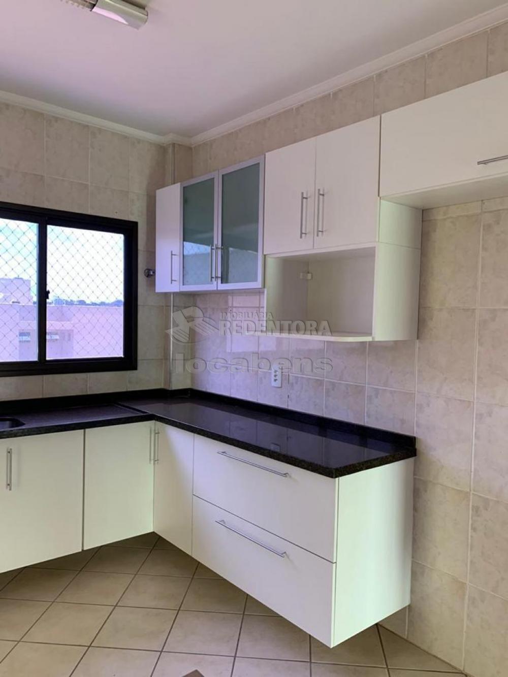 Comprar Apartamento / Padrão em São José do Rio Preto R$ 400.000,00 - Foto 28