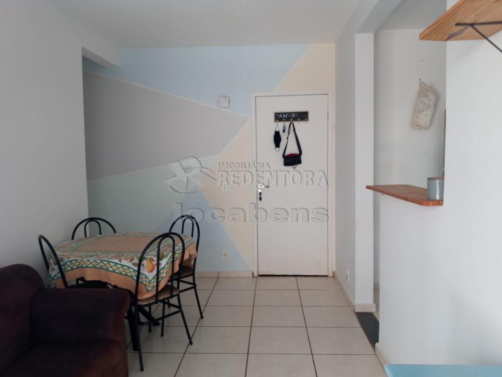 Comprar Apartamento / Padrão em São José do Rio Preto R$ 210.000,00 - Foto 2