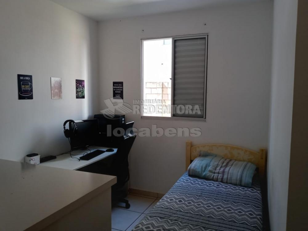 Comprar Apartamento / Padrão em São José do Rio Preto R$ 210.000,00 - Foto 11