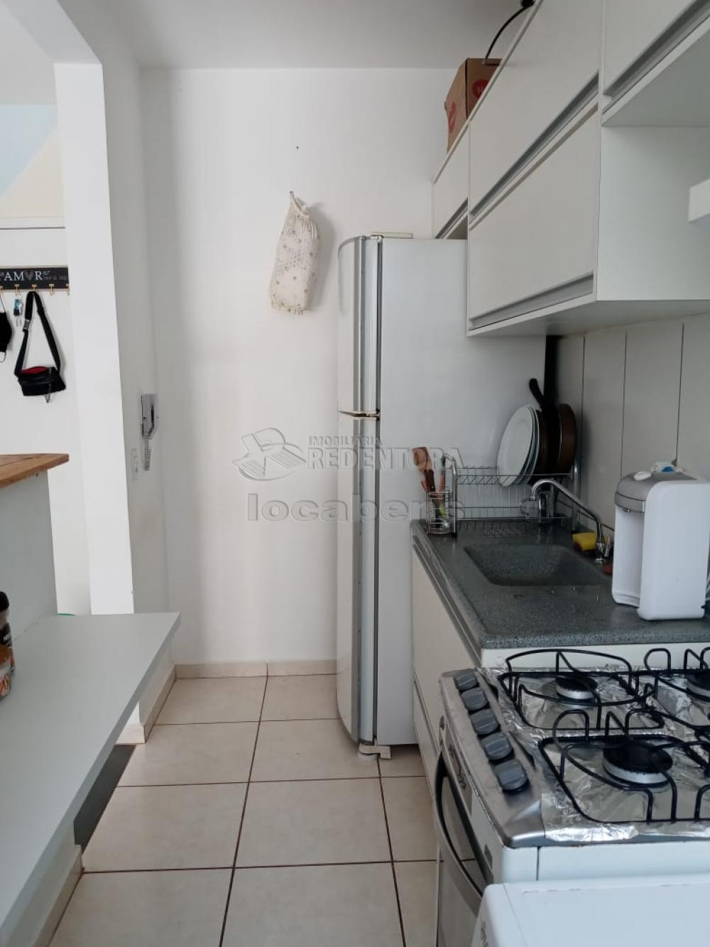 Comprar Apartamento / Padrão em São José do Rio Preto R$ 210.000,00 - Foto 5