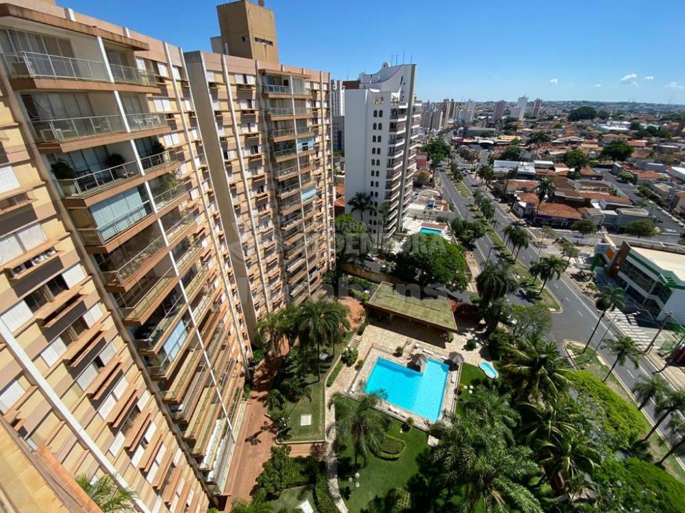 Alugar Apartamento / Padrão em São José do Rio Preto R$ 1.200,00 - Foto 2