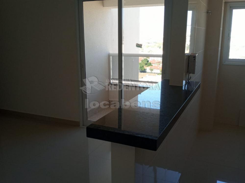 Comprar Apartamento / Padrão em São José do Rio Preto R$ 309.000,00 - Foto 3
