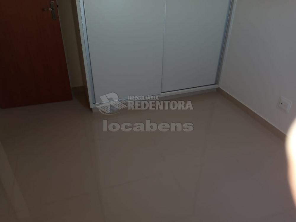 Comprar Apartamento / Padrão em São José do Rio Preto R$ 309.000,00 - Foto 14