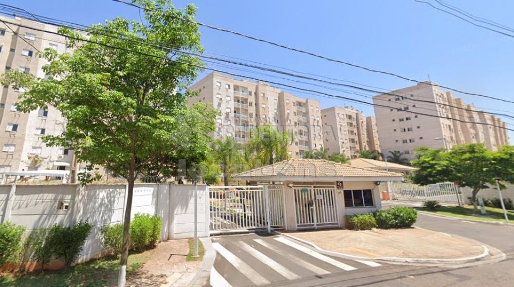 Comprar Apartamento / Padrão em São José do Rio Preto R$ 220.000,00 - Foto 1