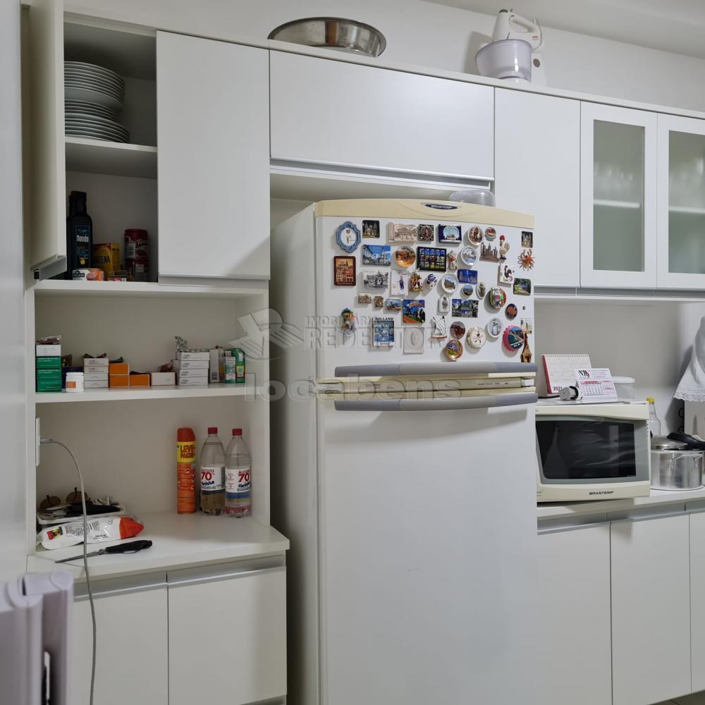 Comprar Apartamento / Padrão em São José do Rio Preto R$ 460.000,00 - Foto 12