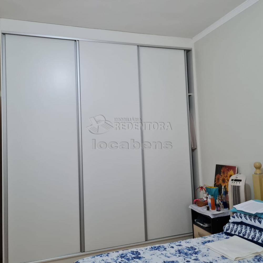 Comprar Apartamento / Padrão em São José do Rio Preto R$ 300.000,00 - Foto 3