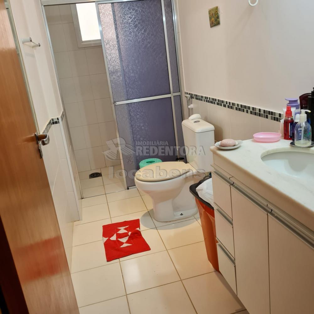 Comprar Apartamento / Padrão em São José do Rio Preto R$ 300.000,00 - Foto 11