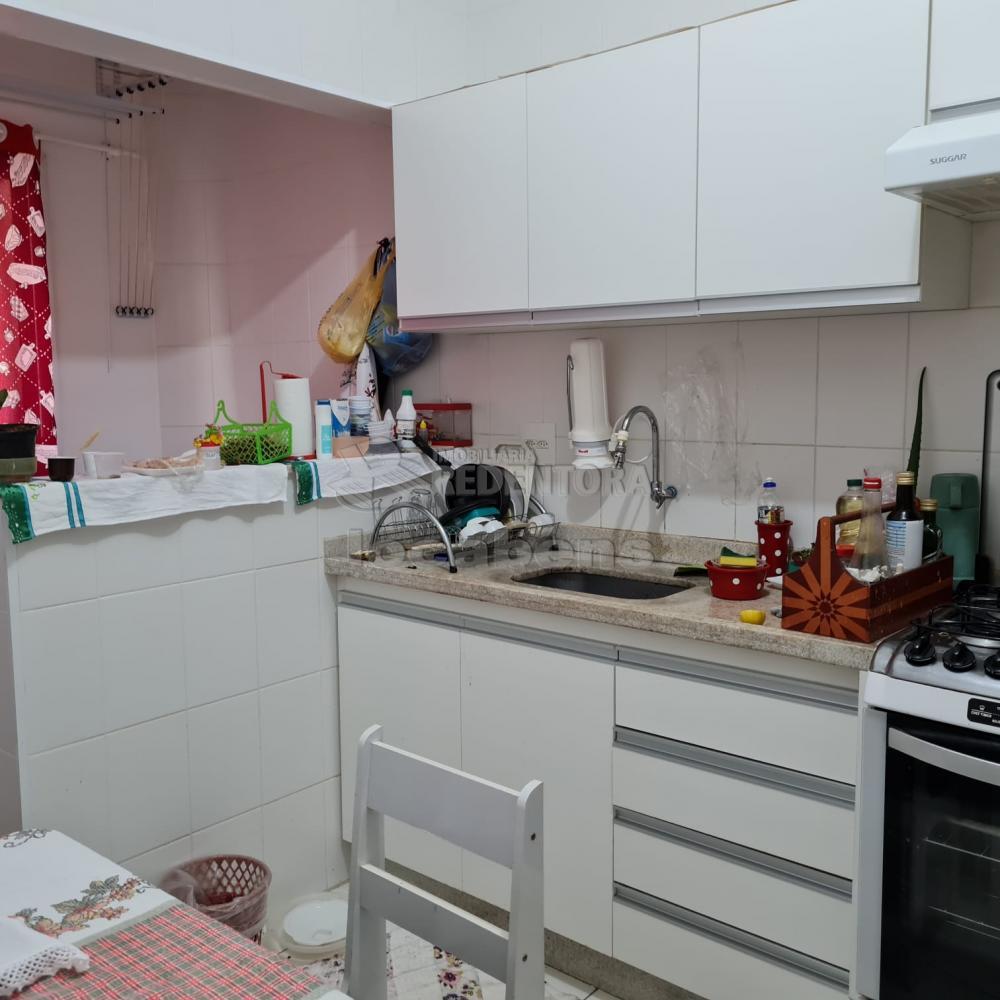 Comprar Apartamento / Padrão em São José do Rio Preto R$ 300.000,00 - Foto 8