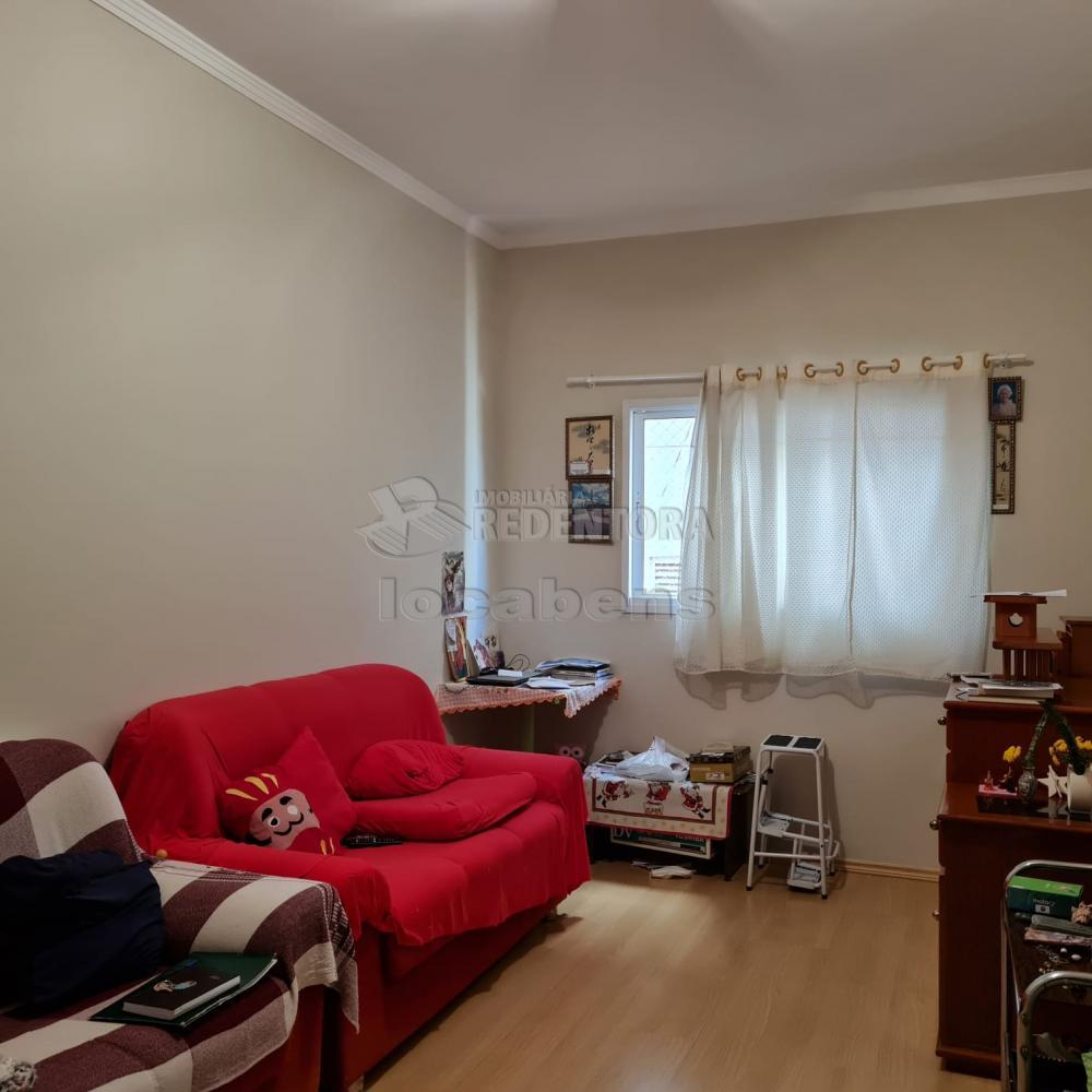 Comprar Apartamento / Padrão em São José do Rio Preto R$ 300.000,00 - Foto 4