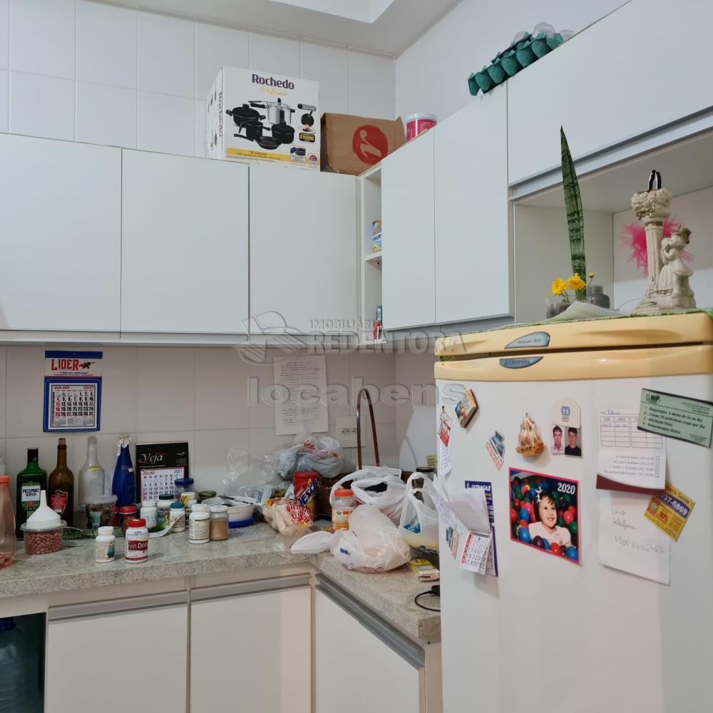 Comprar Apartamento / Padrão em São José do Rio Preto R$ 300.000,00 - Foto 12