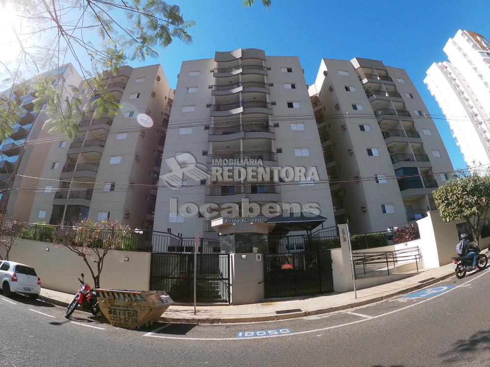 Comprar Apartamento / Padrão em São José do Rio Preto R$ 300.000,00 - Foto 1