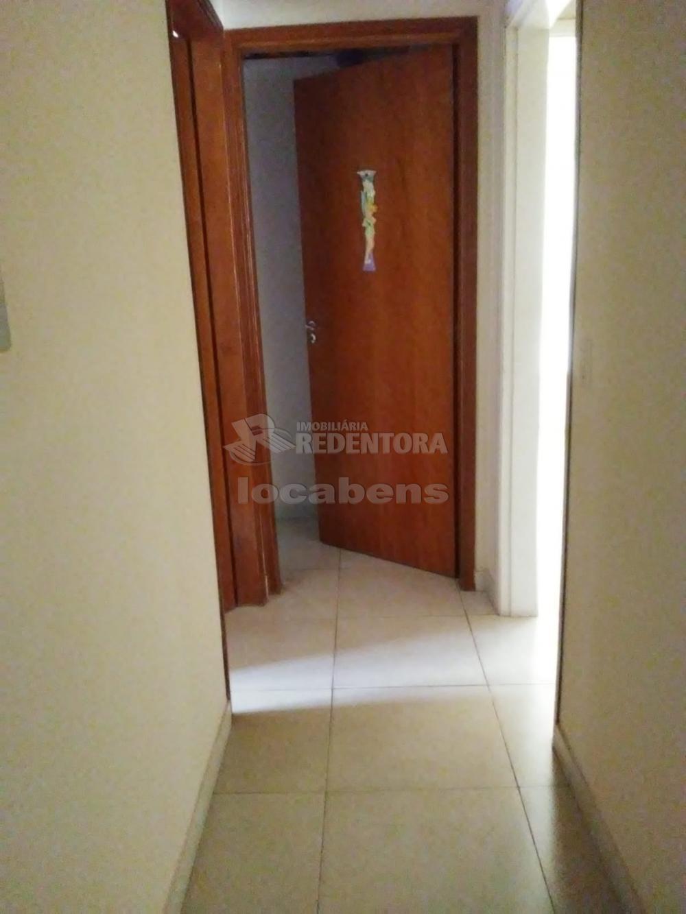 Comprar Casa / Padrão em São José do Rio Preto R$ 500.000,00 - Foto 5