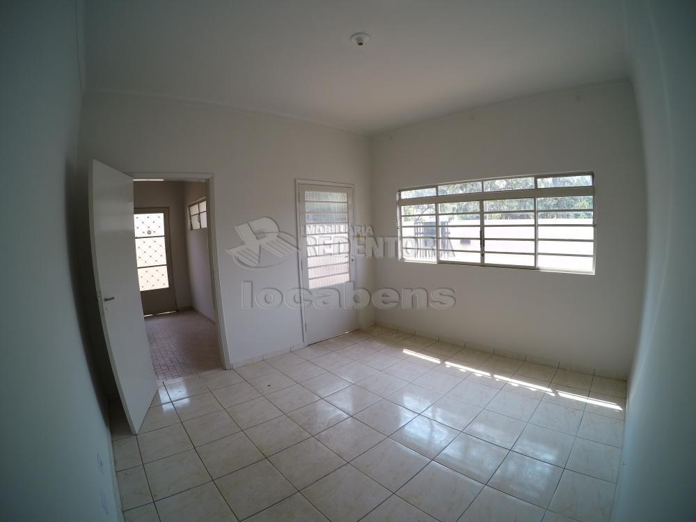 Alugar Casa / Padrão em São José do Rio Preto R$ 1.500,00 - Foto 7