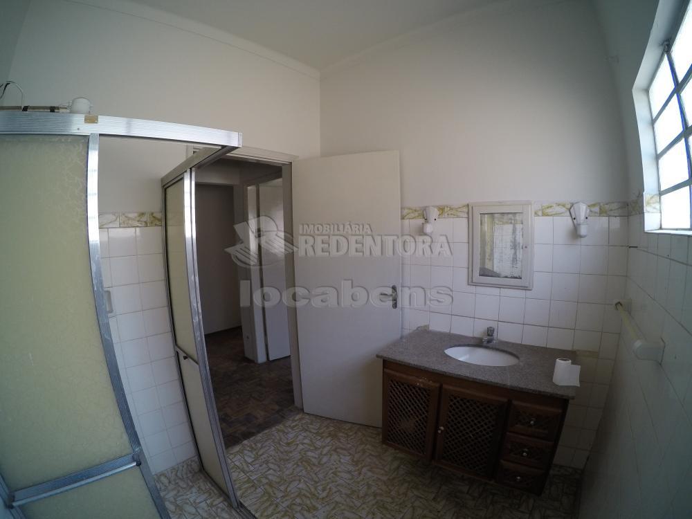 Alugar Casa / Padrão em São José do Rio Preto R$ 1.500,00 - Foto 12