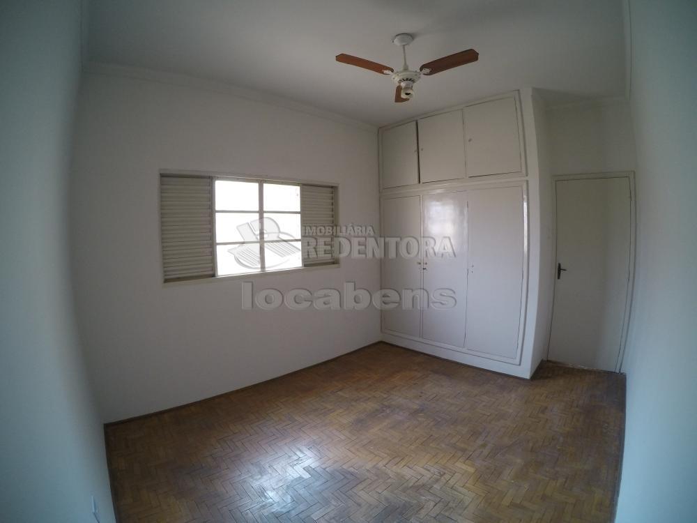 Alugar Casa / Padrão em São José do Rio Preto R$ 1.500,00 - Foto 14