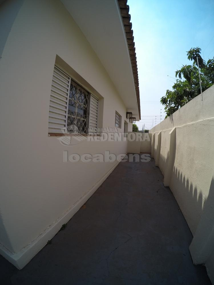 Alugar Casa / Padrão em São José do Rio Preto R$ 1.500,00 - Foto 19