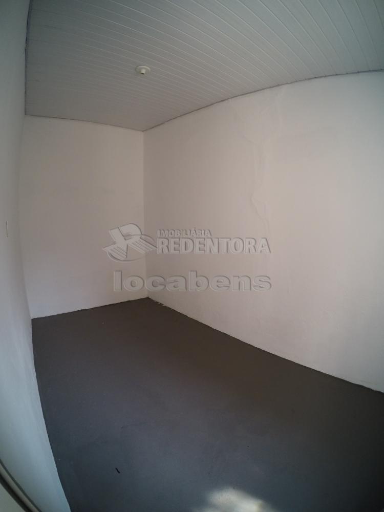 Alugar Casa / Padrão em São José do Rio Preto R$ 1.500,00 - Foto 20