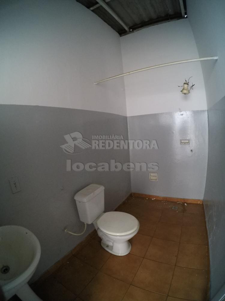 Alugar Casa / Padrão em São José do Rio Preto R$ 1.500,00 - Foto 21