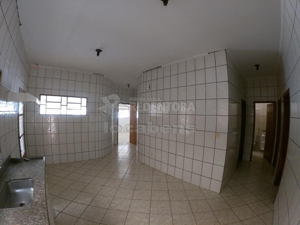 Alugar Casa / Padrão em São José do Rio Preto R$ 1.000,00 - Foto 7