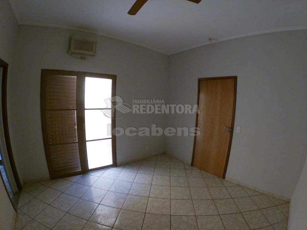Alugar Casa / Padrão em São José do Rio Preto R$ 1.000,00 - Foto 10