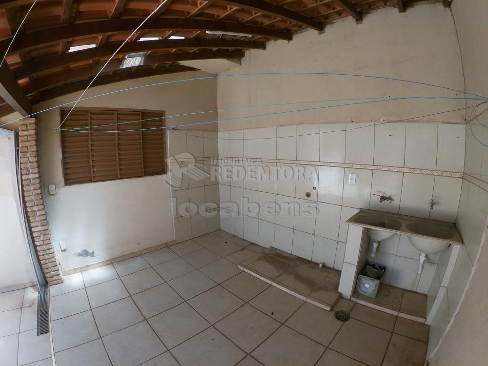 Alugar Casa / Padrão em São José do Rio Preto R$ 1.000,00 - Foto 27