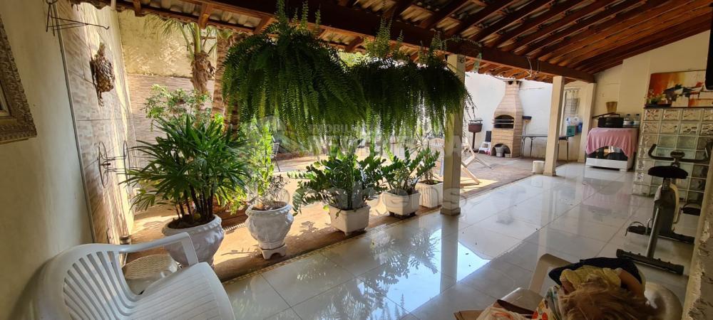 Alugar Casa / Padrão em São José do Rio Preto R$ 2.000,00 - Foto 7