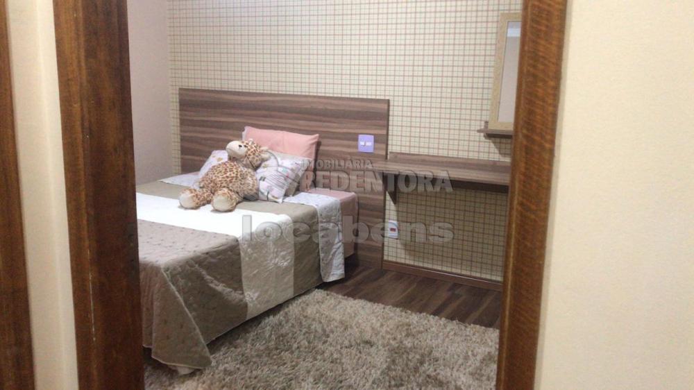 Comprar Apartamento / Padrão em São José do Rio Preto R$ 245.000,00 - Foto 4