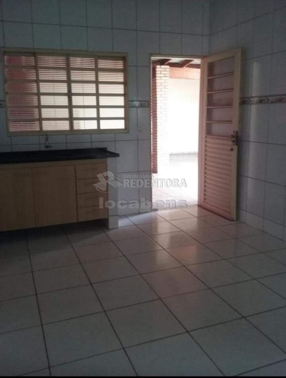 Alugar Casa / Padrão em São José do Rio Preto R$ 1.200,00 - Foto 9