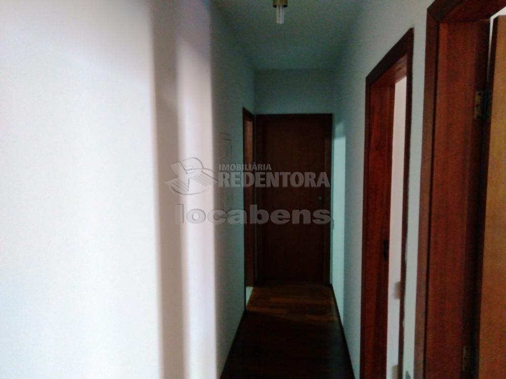 Alugar Apartamento / Padrão em São José do Rio Preto R$ 1.500,00 - Foto 8
