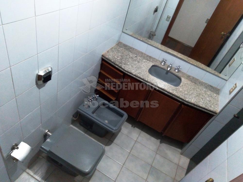 Alugar Apartamento / Padrão em São José do Rio Preto R$ 1.500,00 - Foto 13