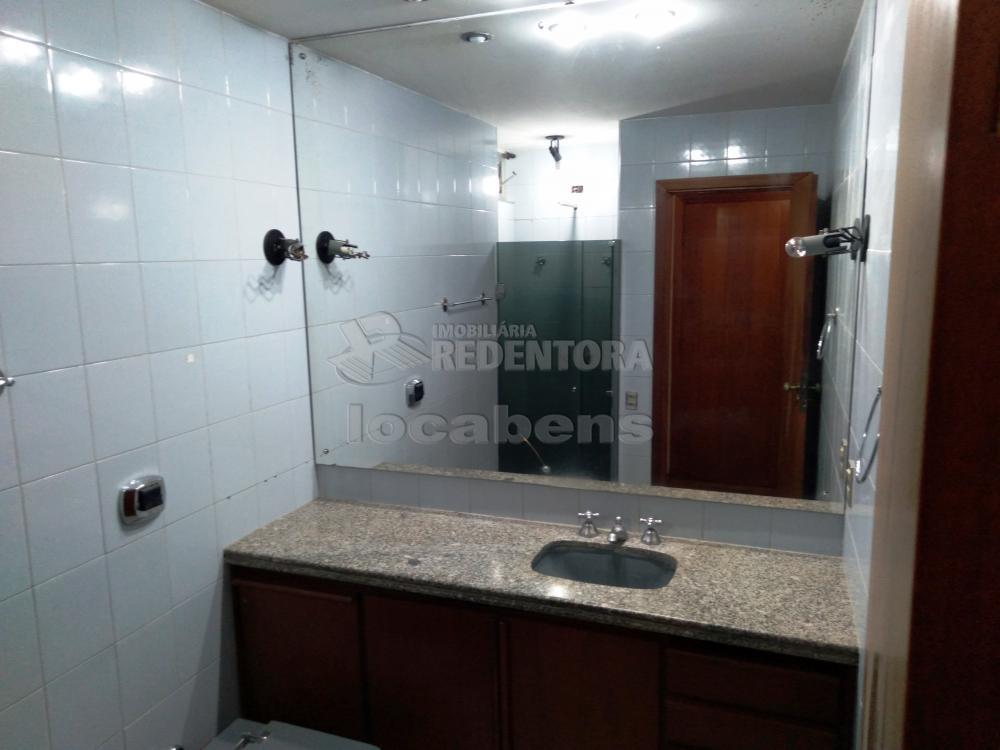 Alugar Apartamento / Padrão em São José do Rio Preto R$ 1.500,00 - Foto 31