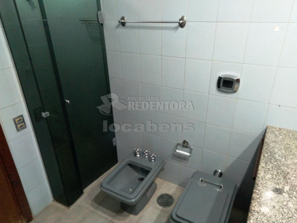 Alugar Apartamento / Padrão em São José do Rio Preto R$ 1.500,00 - Foto 32
