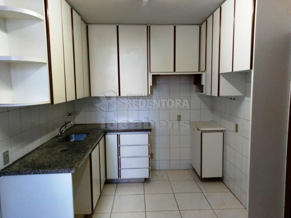 Alugar Apartamento / Padrão em São José do Rio Preto R$ 1.500,00 - Foto 36