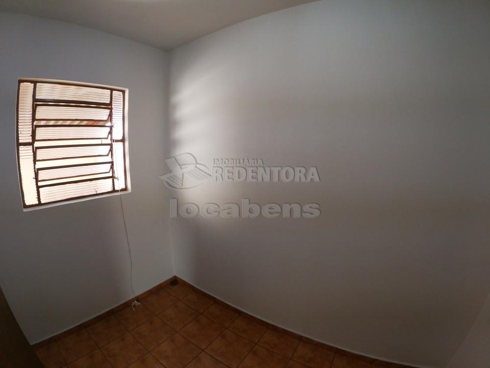 Alugar Casa / Padrão em São José do Rio Preto R$ 1.800,00 - Foto 23