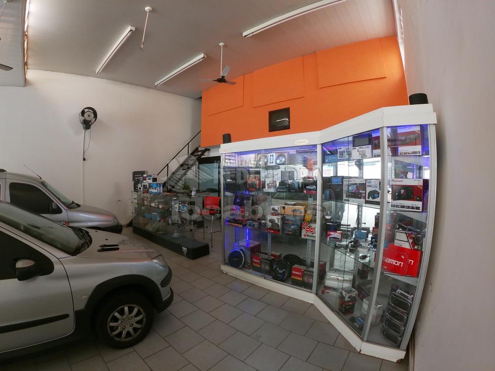 Alugar Comercial / Salão em São José do Rio Preto R$ 3.800,00 - Foto 5