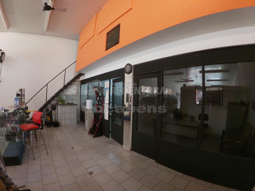 Alugar Comercial / Salão em São José do Rio Preto R$ 3.800,00 - Foto 9