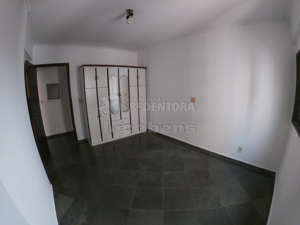Alugar Apartamento / Padrão em São José do Rio Preto R$ 700,00 - Foto 8