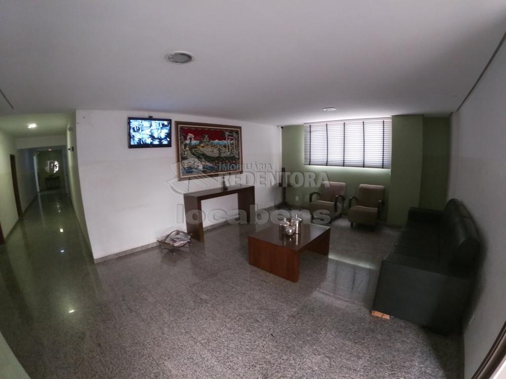 Alugar Apartamento / Padrão em São José do Rio Preto R$ 700,00 - Foto 16
