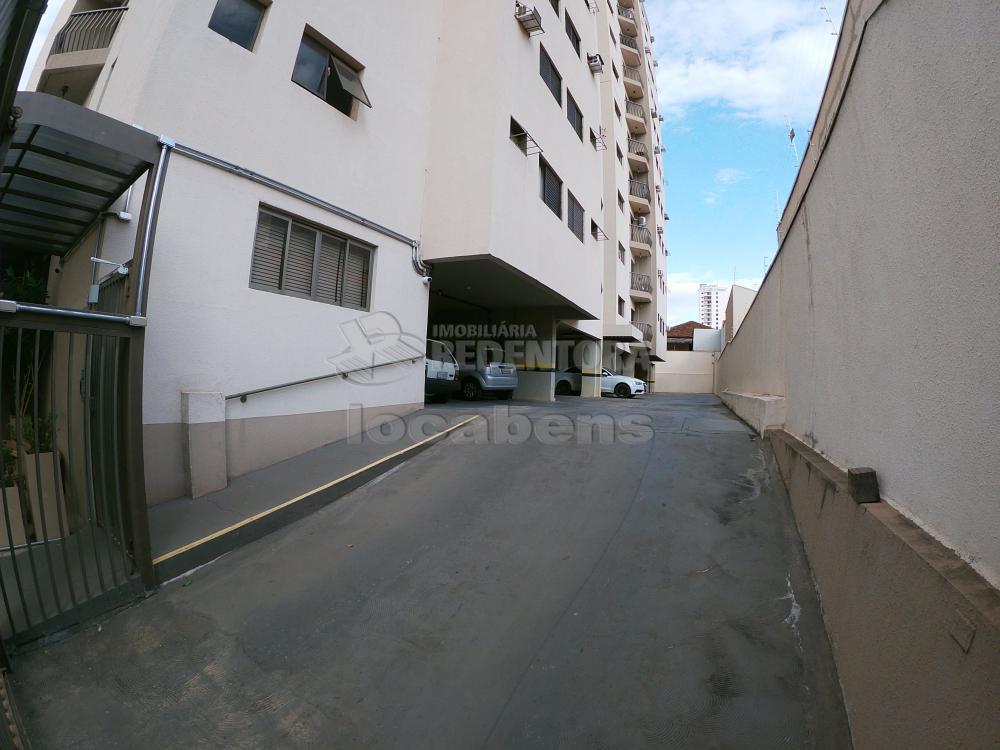 Alugar Apartamento / Padrão em São José do Rio Preto R$ 700,00 - Foto 17