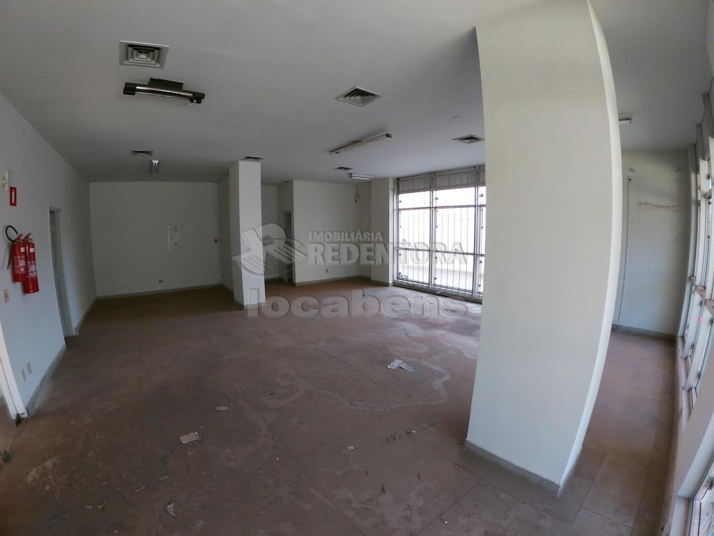 Alugar Comercial / Salão em São José do Rio Preto R$ 1.500,00 - Foto 2