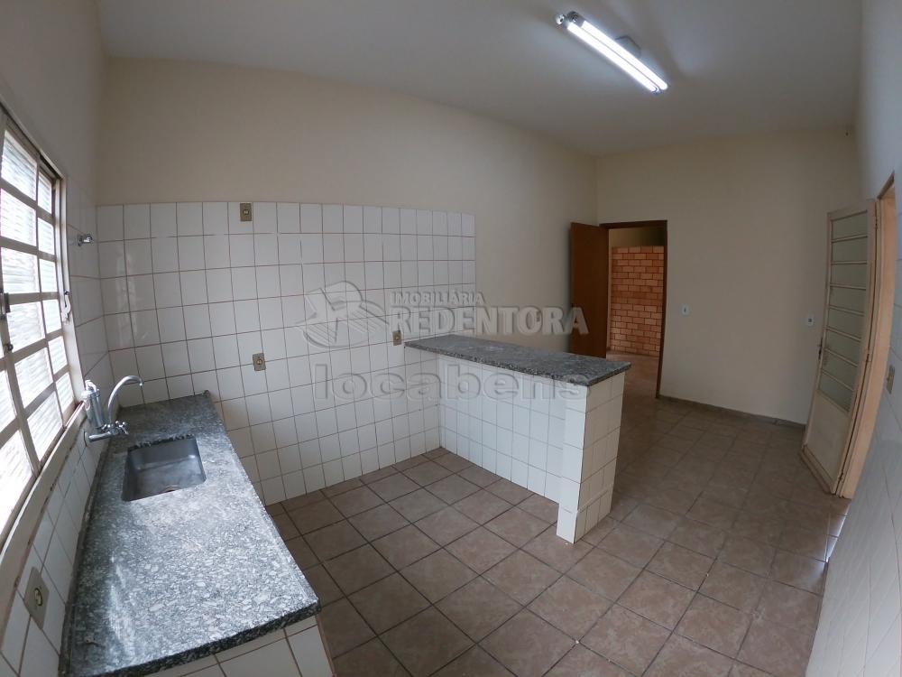 Alugar Casa / Padrão em São José do Rio Preto R$ 1.300,00 - Foto 22