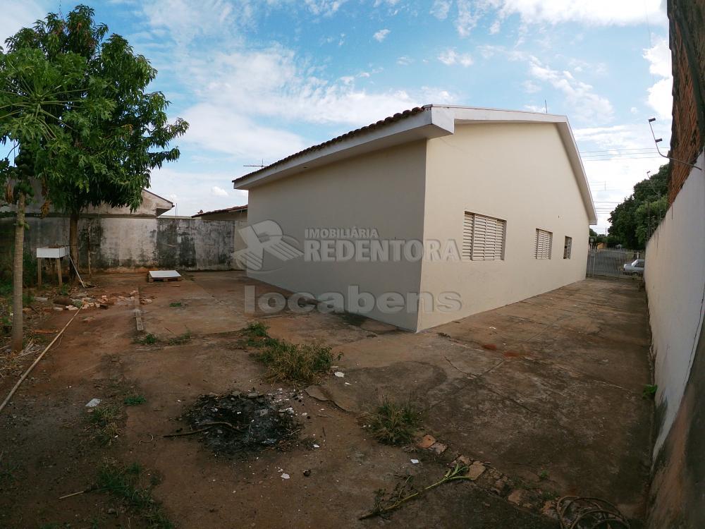 Alugar Casa / Padrão em São José do Rio Preto R$ 1.300,00 - Foto 26