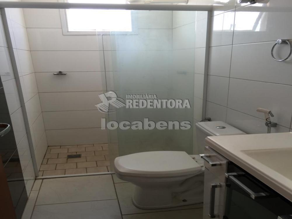 Alugar Apartamento / Padrão em São José do Rio Preto R$ 1.000,00 - Foto 6