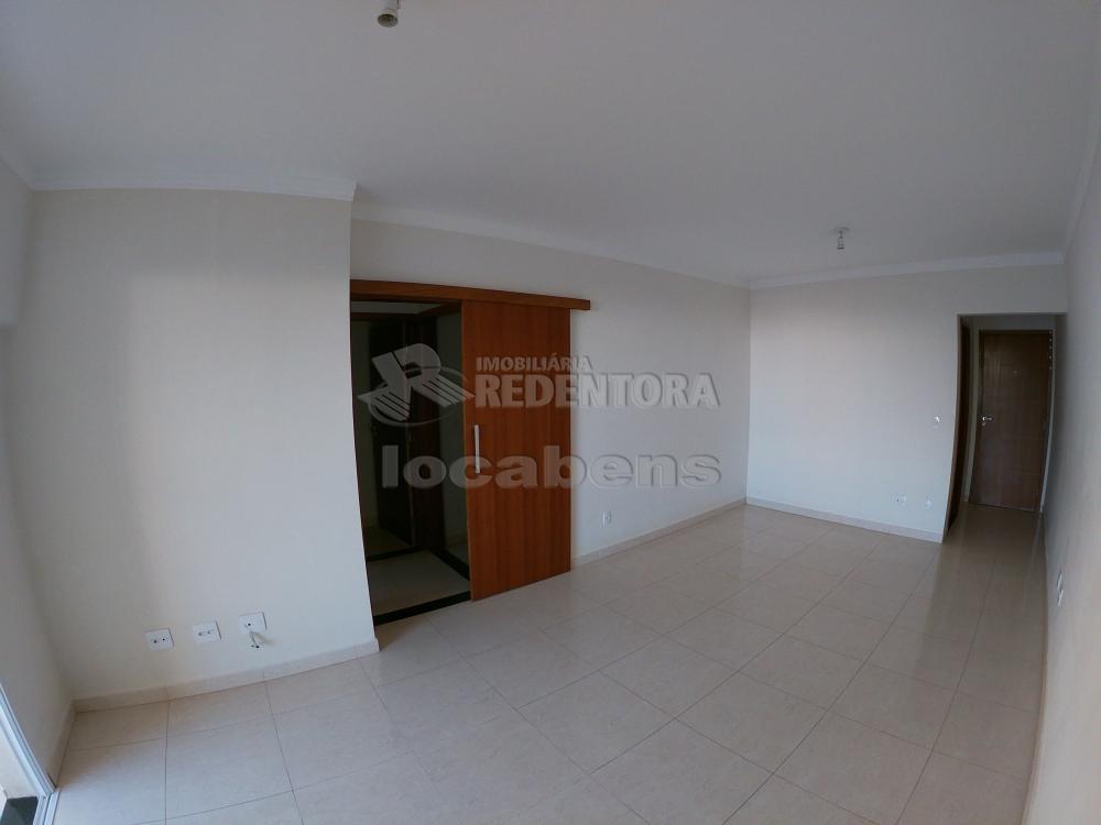 Alugar Apartamento / Padrão em São José do Rio Preto R$ 1.500,00 - Foto 3