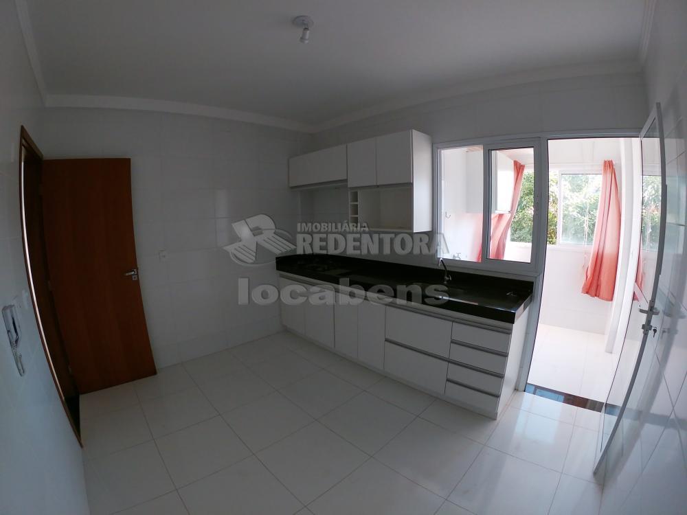 Alugar Apartamento / Padrão em São José do Rio Preto R$ 1.500,00 - Foto 18