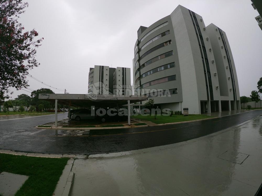 Alugar Apartamento / Padrão em São José do Rio Preto R$ 2.700,00 - Foto 1